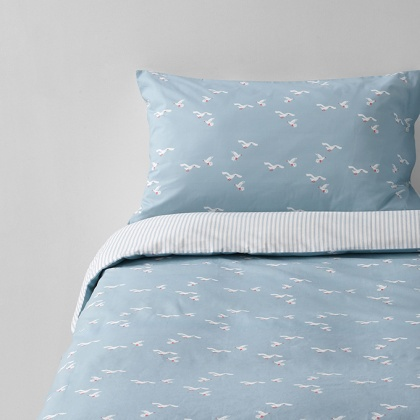 Seagull Bedding: click to enlarge